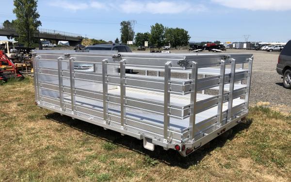 DuraMag® All-Aluminum Anti-Rattle Stake Body TB09712RBA 12ft