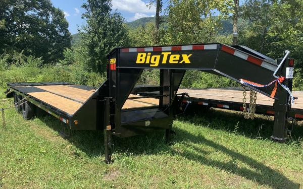 Big Tex 22GN 22,500#,TD,GN,102x 20+5 MegaRamps,Black