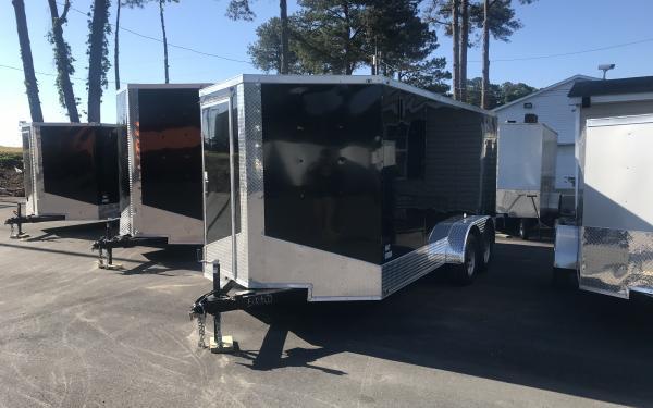 7x16 Enclosed trailer - Black appearance model