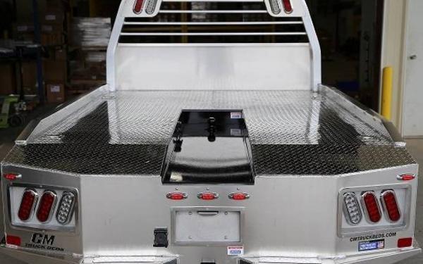 """SK Model Aluminum 11'4"""" CM Truck Bed"""