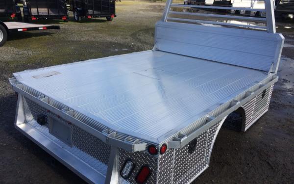 "Duramag HBDS 81"" x 99"" Hauler Aluminum Skirted Truck Bed"
