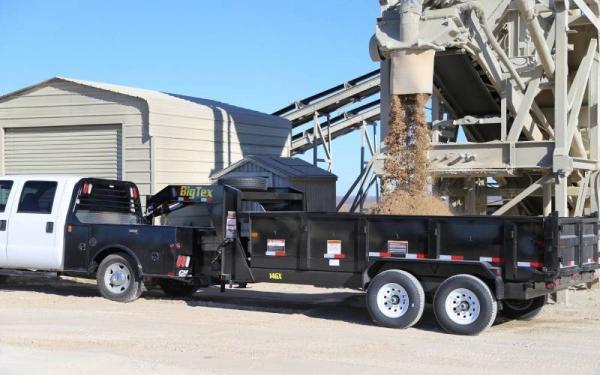 "Big Tex Heavy Duty Tandem Dump 16' x 83"""