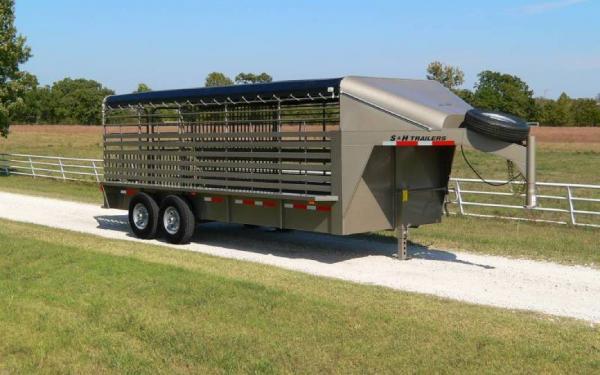 2016 Cattleman OT Stock Trailer
