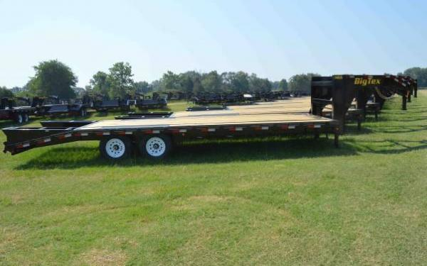 Big Tex Gooseneck Trailer with Mega Ramps