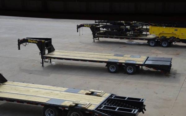 Big Tex 25'+5' Tandem Dual Axle Gooseneck w/Mega Ramps