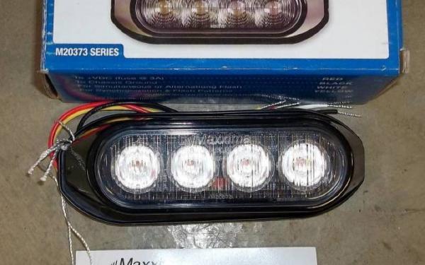LED STROBE LIGHT-RED/CLEAR
