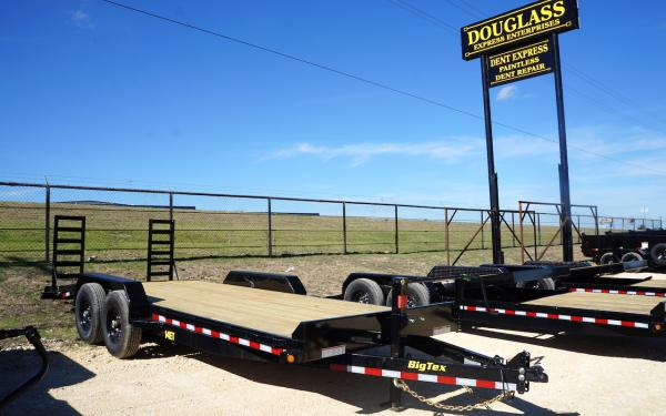 Big Tex 14ET-20BK Equipment Trailer w/Knee Ramp