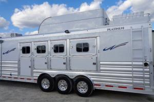 4 HORSE SIDE LOAD BY PLATINUM COACH