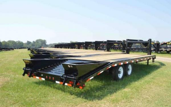 Big Tex 20'+5 Tandem Axle Gooseneck w/Mega Ramps