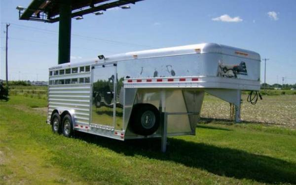 """Elite Trailers 8x16x6'6"""" GN Show Stock with Side Ramp"""
